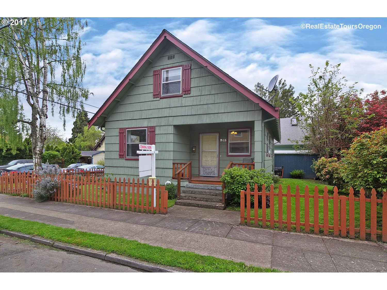 943 SE 45TH AVE, Portland, OR 97215