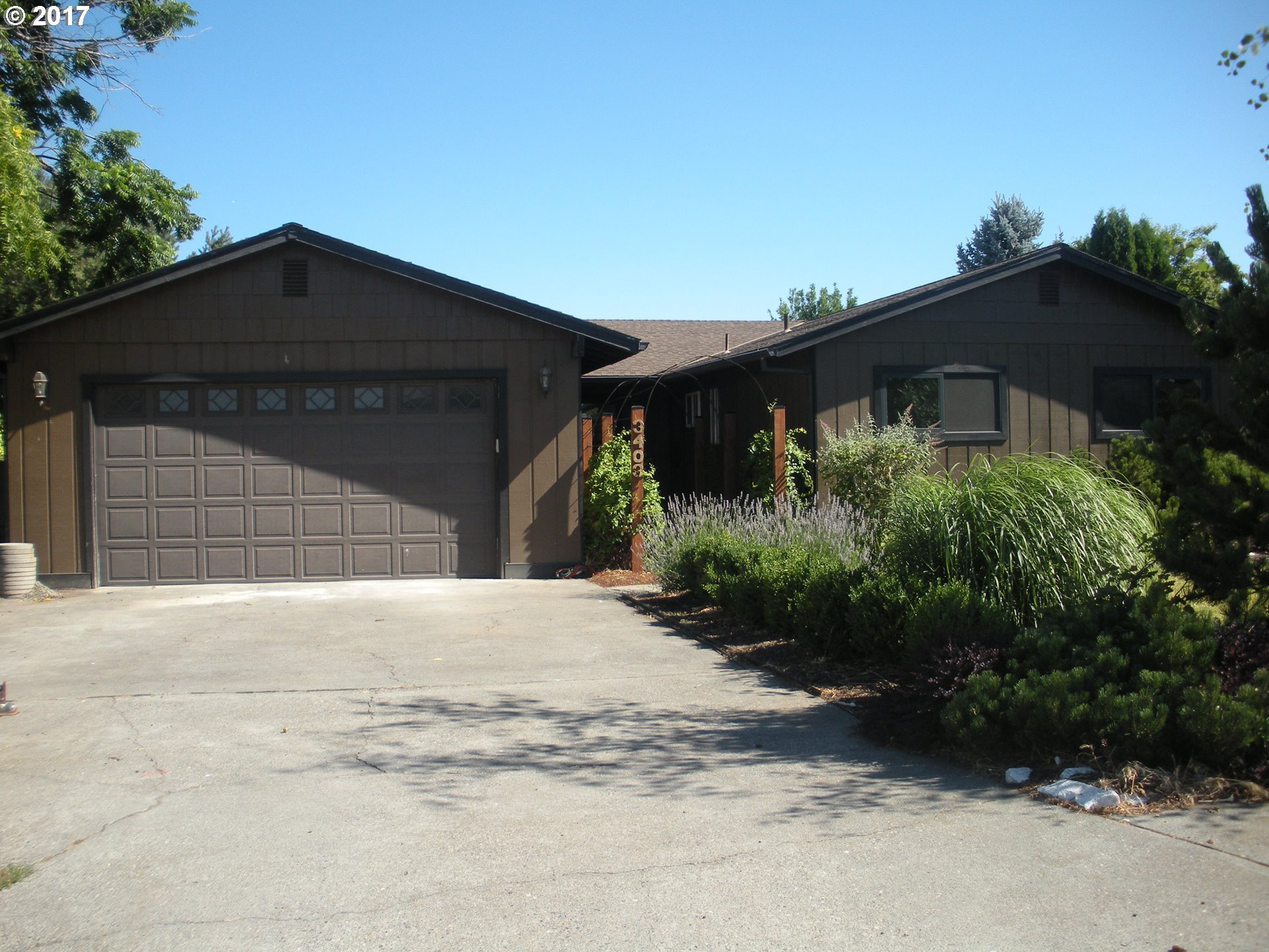3403 COLUMBIA VIEW DR, The Dalles, OR 97058