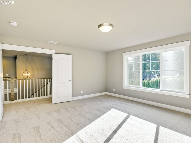 2416 NW 111th AVE Portland, OR 97229 - MLS #: 17546647