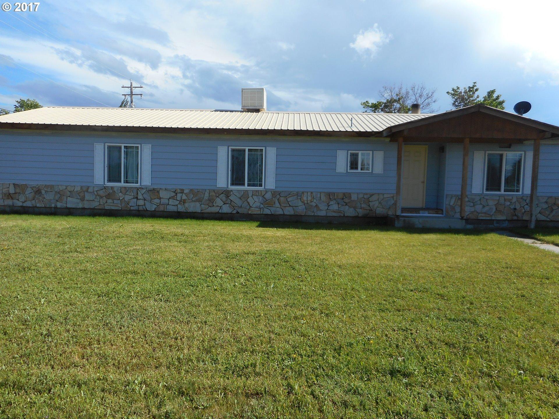 825 H ST, Baker City, OR 97814
