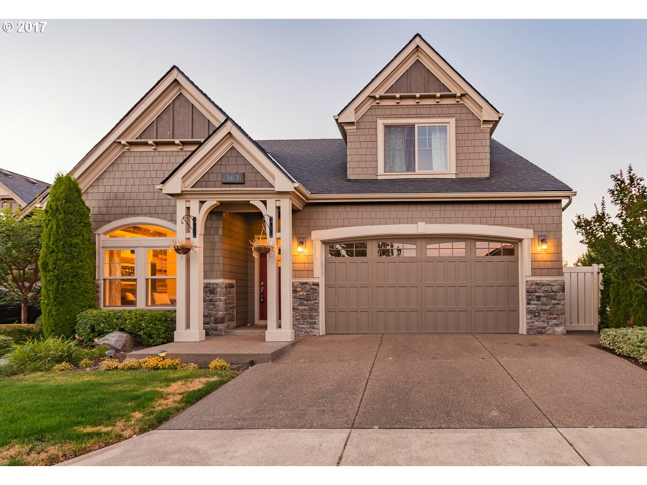 363 TURNBERRY AVE, Woodburn, OR 97071