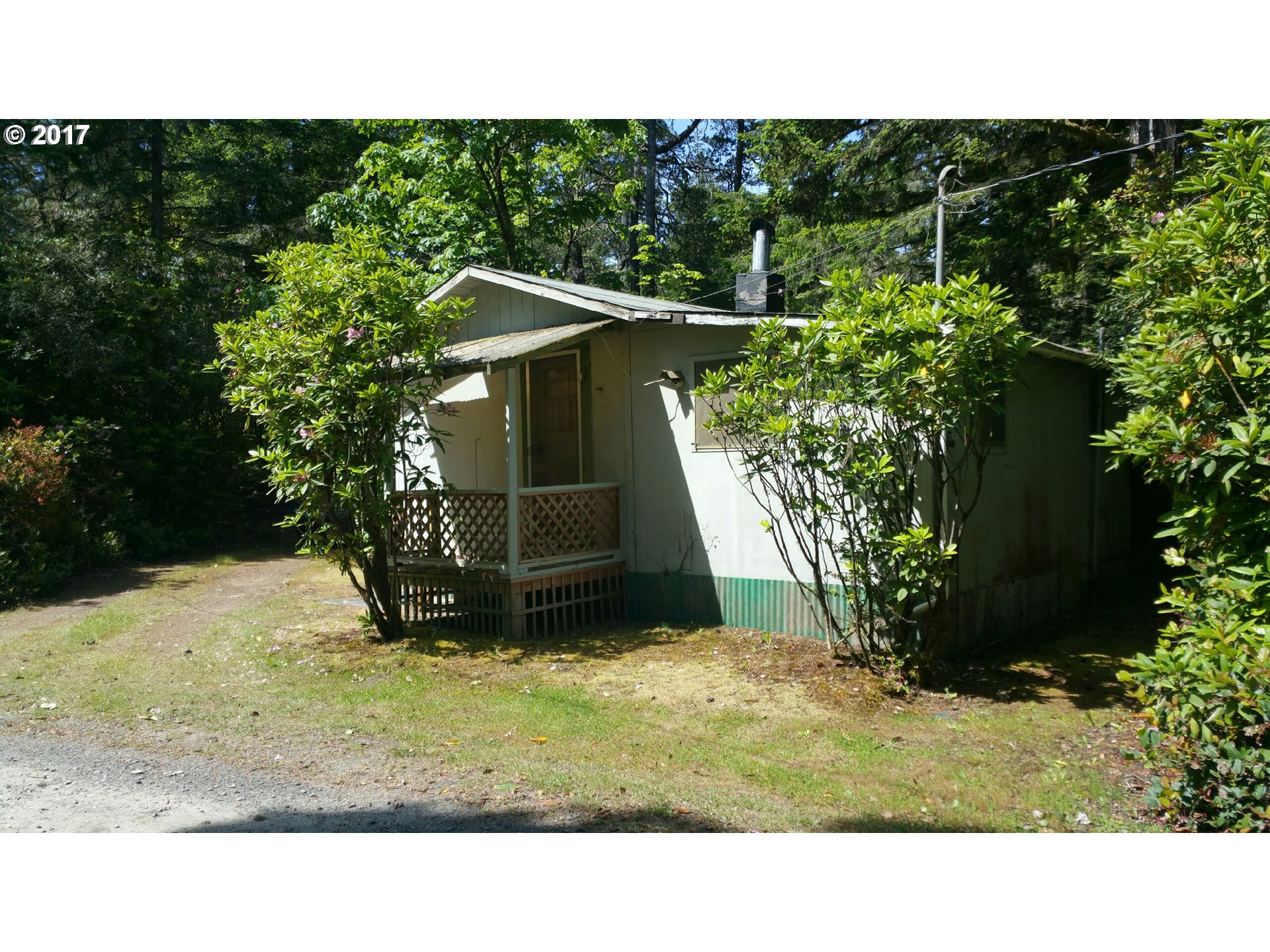 5556 FRIENDLY ACRES RD, Florence, OR 97439