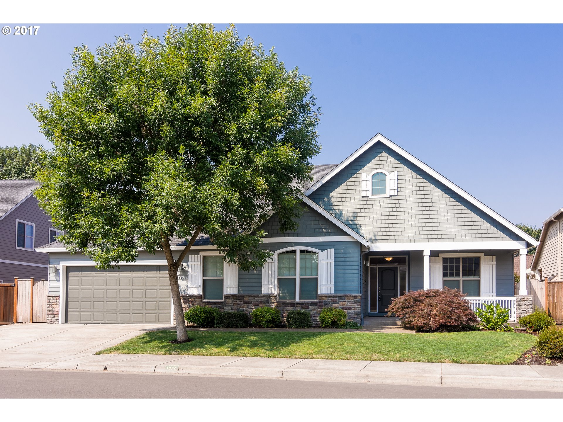 1280 S 40TH PL, Springfield, OR 97478