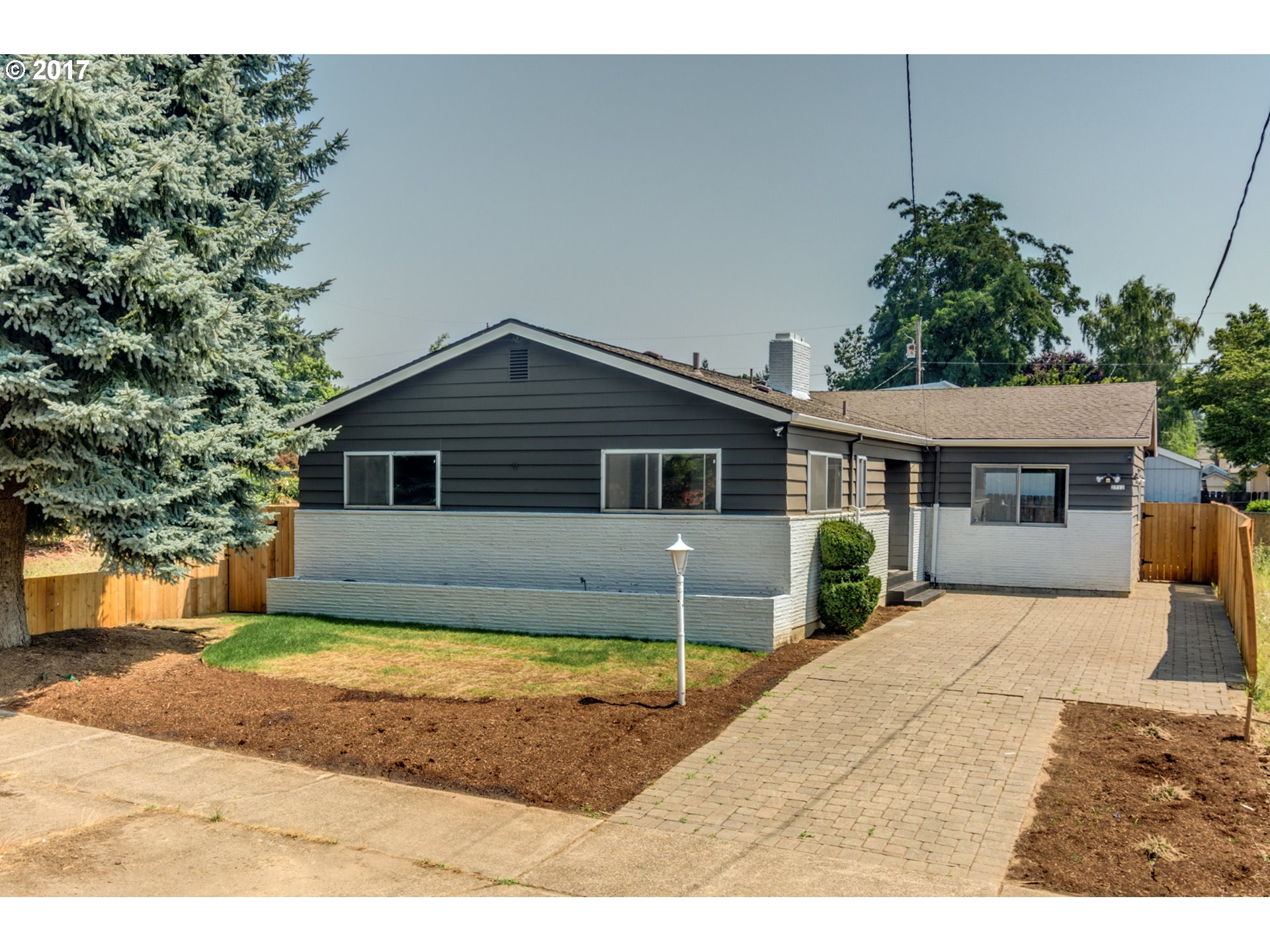 2712 SE 73RD AVE, Portland OR 97206