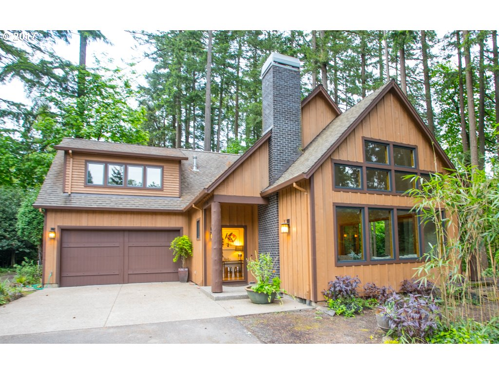 2886 UPPER DR, Lake Oswego, OR 97035