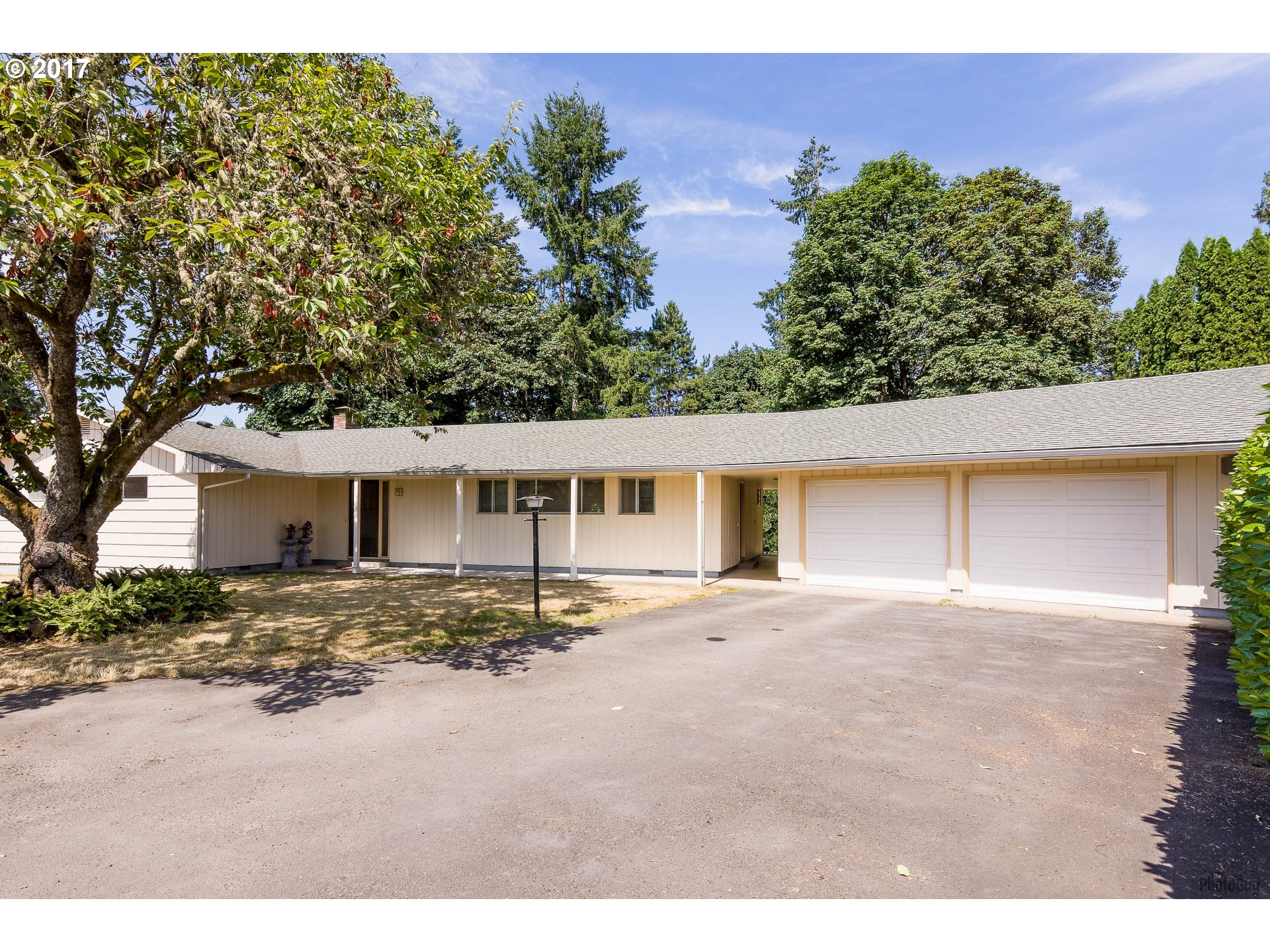 37931 M J CHASE RD, Springfield, OR 97478