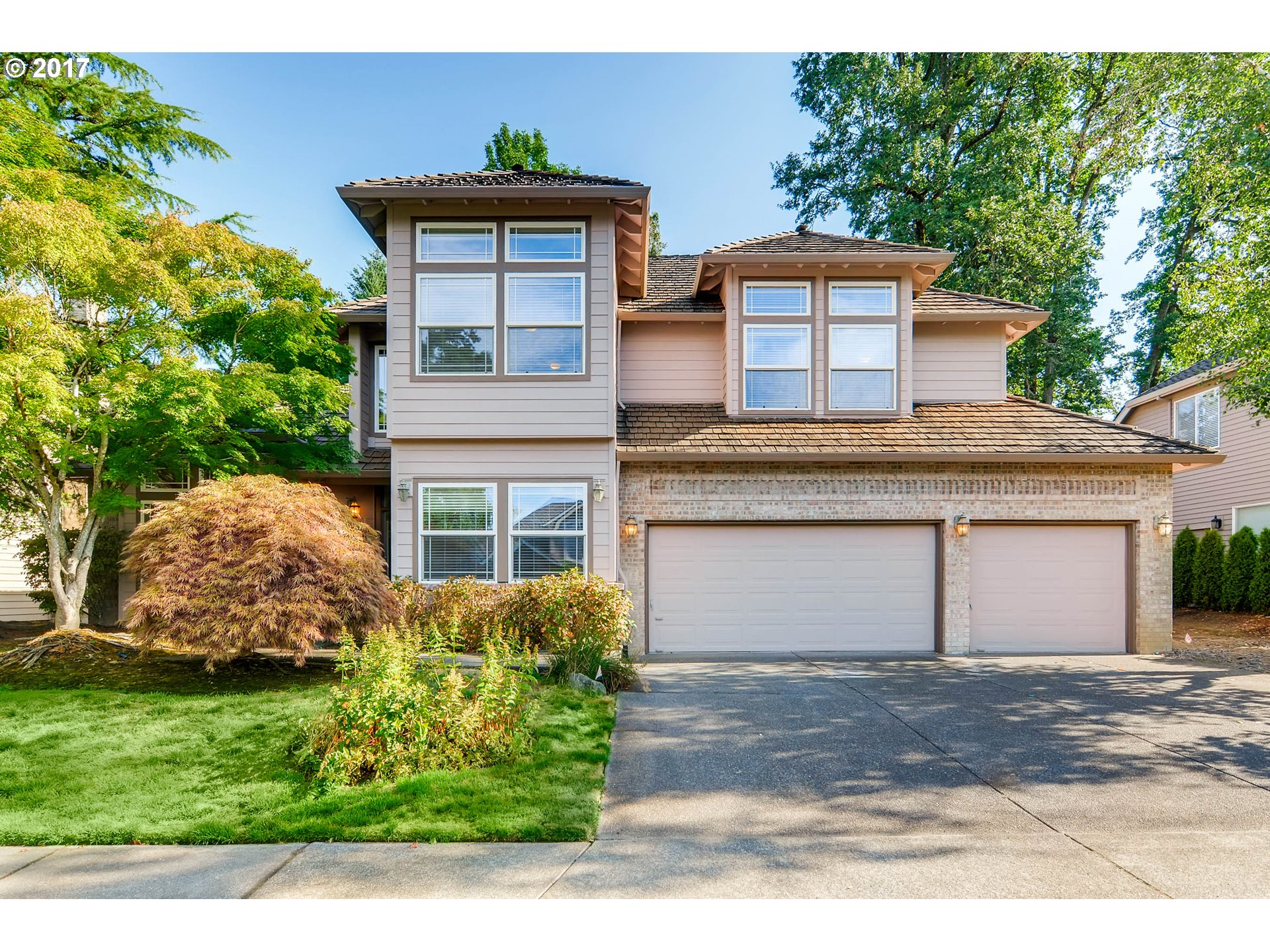 13845 AMBERWOOD CIR, Lake Oswego, OR 97035