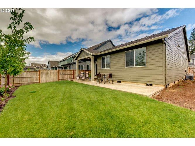 12754 LINDSAY ANNE LN Oregon City, OR 97045 - MLS #: 17567407