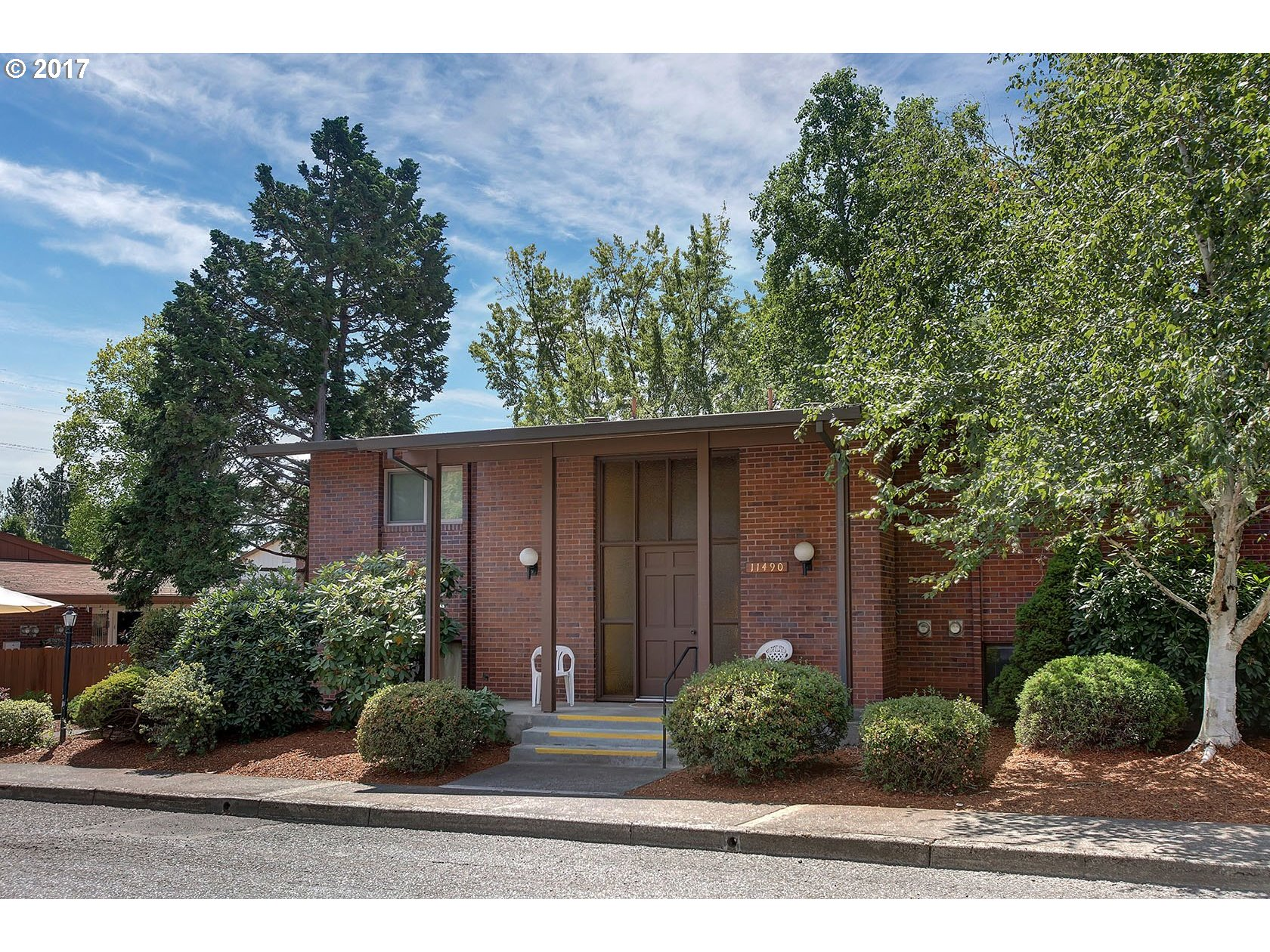 11490 SW CROWN DR #2, King City, OR 97224