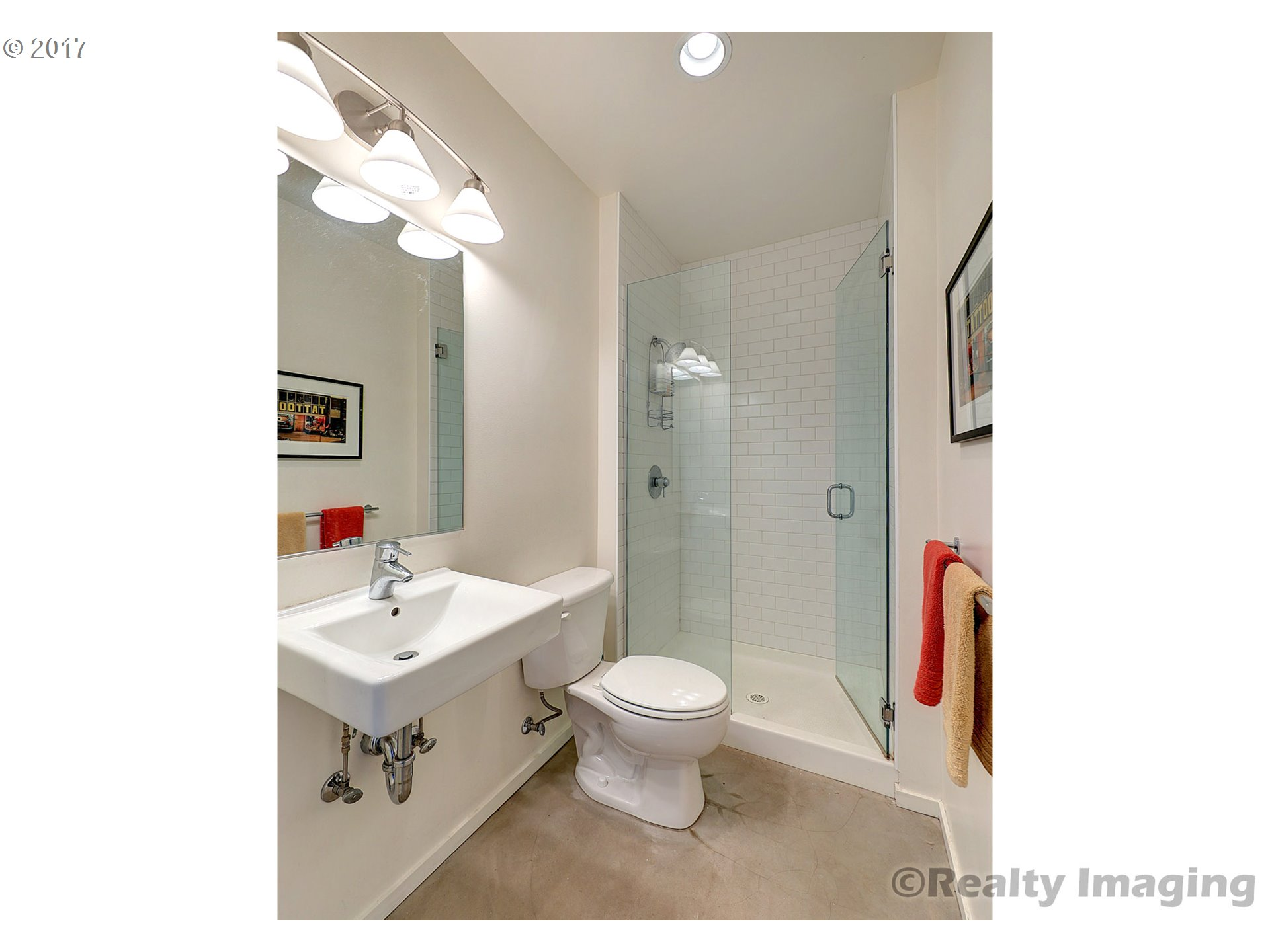 2373 SE 44TH AVE 301 Portland, OR 97215 - MLS #: 17569457