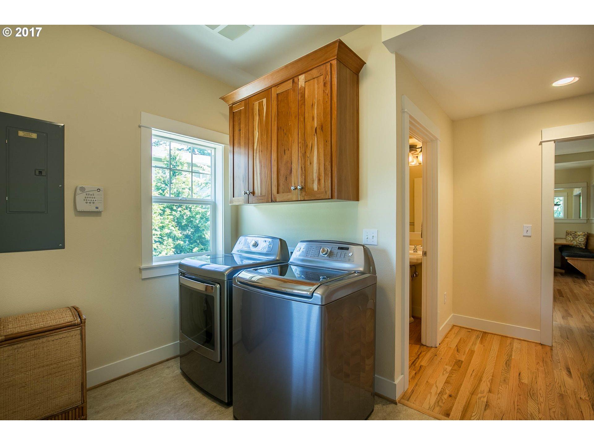 3771 SW VACUNA ST Portland, OR 97219 - MLS #: 17570765