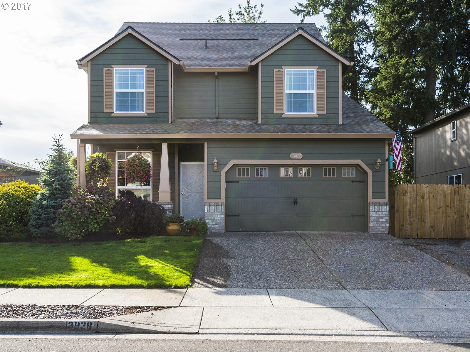 13938 POMPEI DR, Oregon City, OR 97045