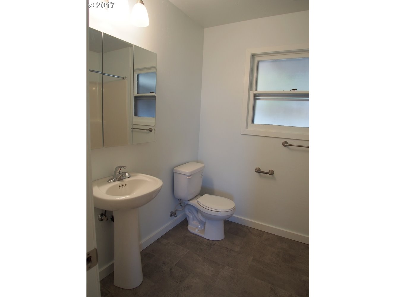 1622 NEVADA, THE DALLES, OR 97058  Photo 7