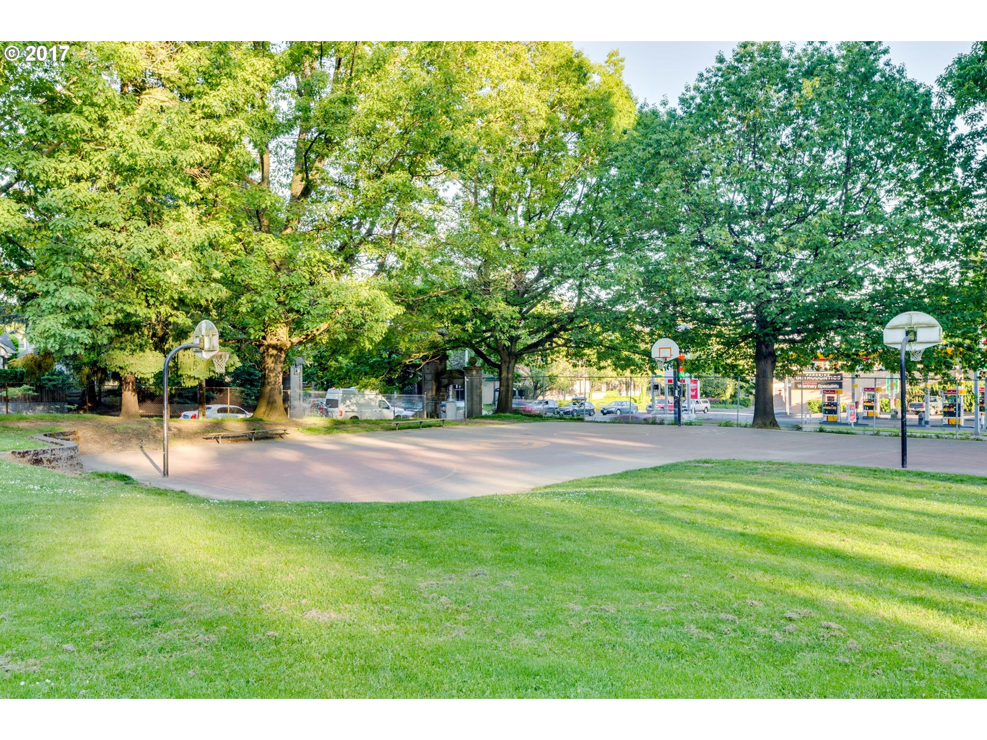 3835 NE COUCH ST Portland, OR 97232 - MLS #: 17574121