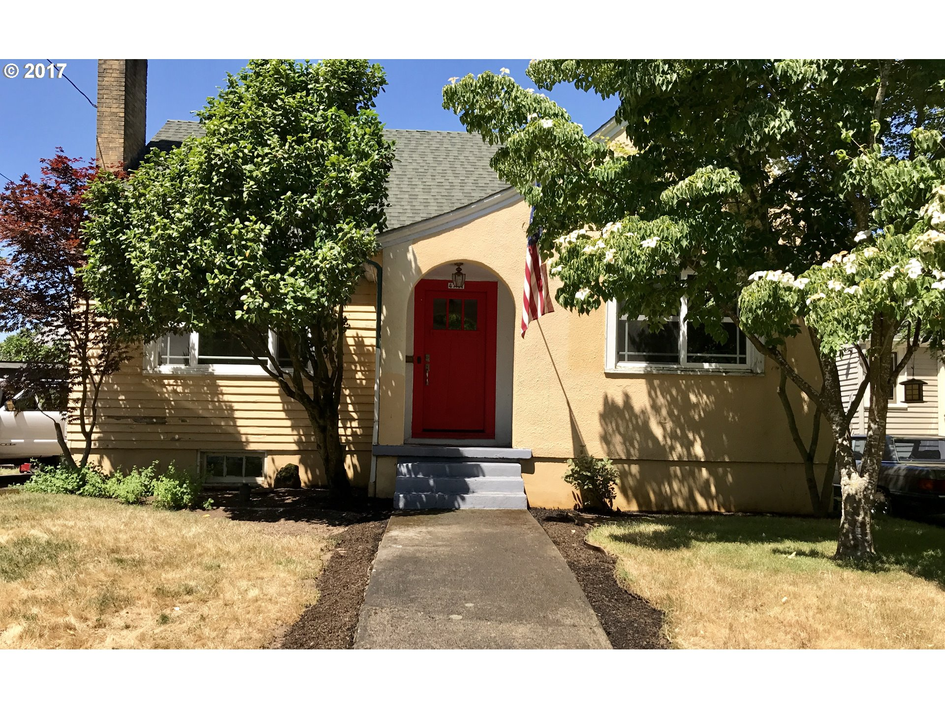4741 ne couch st portland or 97213 mls 17577331 pdx