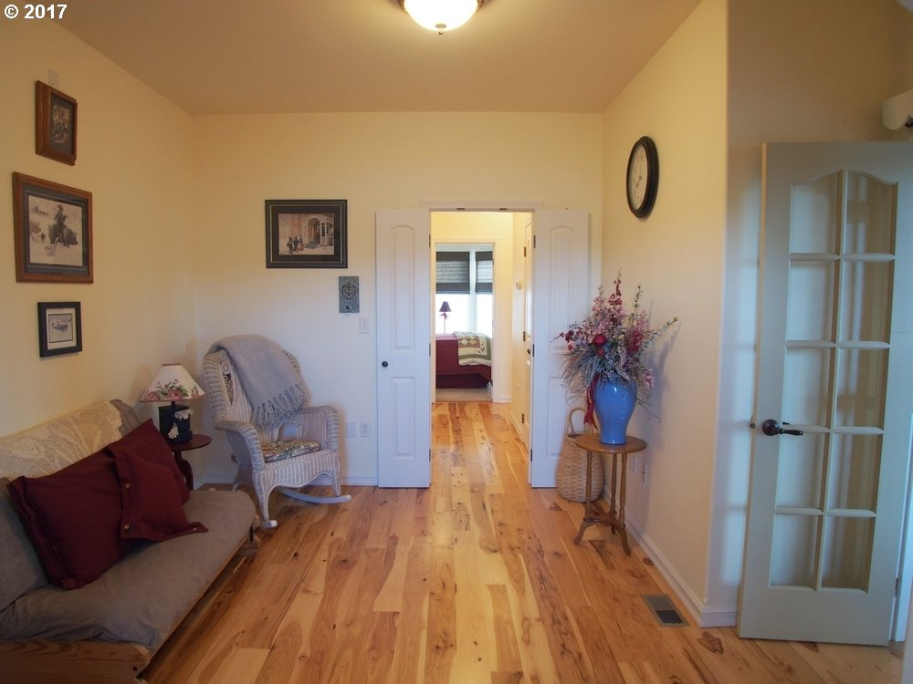 101 VINEYARD RD, DALLESPORT, WA 98617  Photo 10