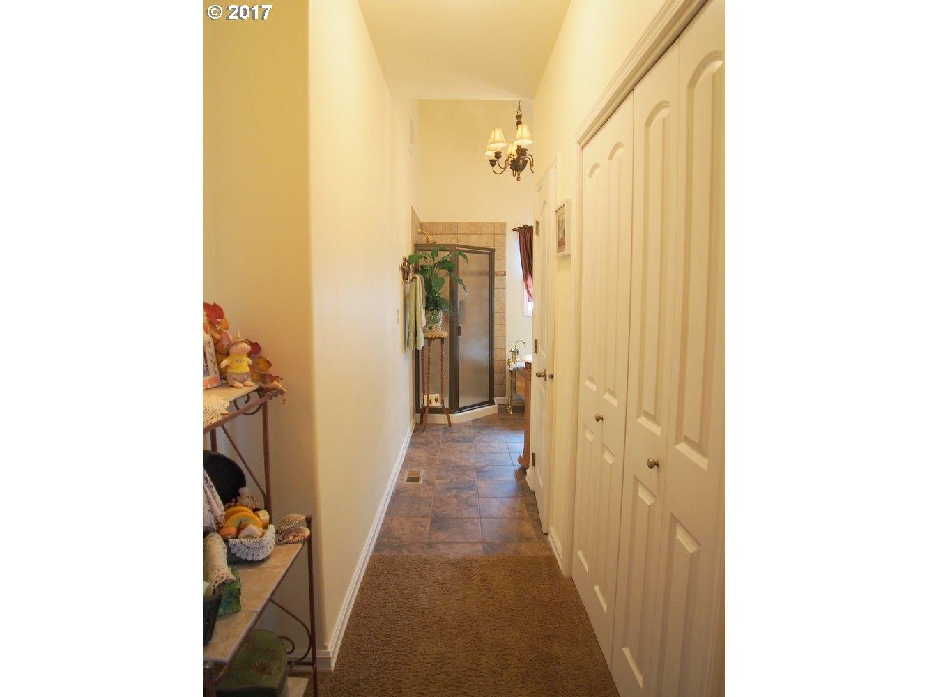 101 VINEYARD RD, DALLESPORT, WA 98617  Photo 19