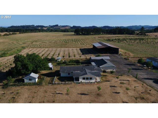 26730 HIGH PASS RD, Junction City, OR 97448