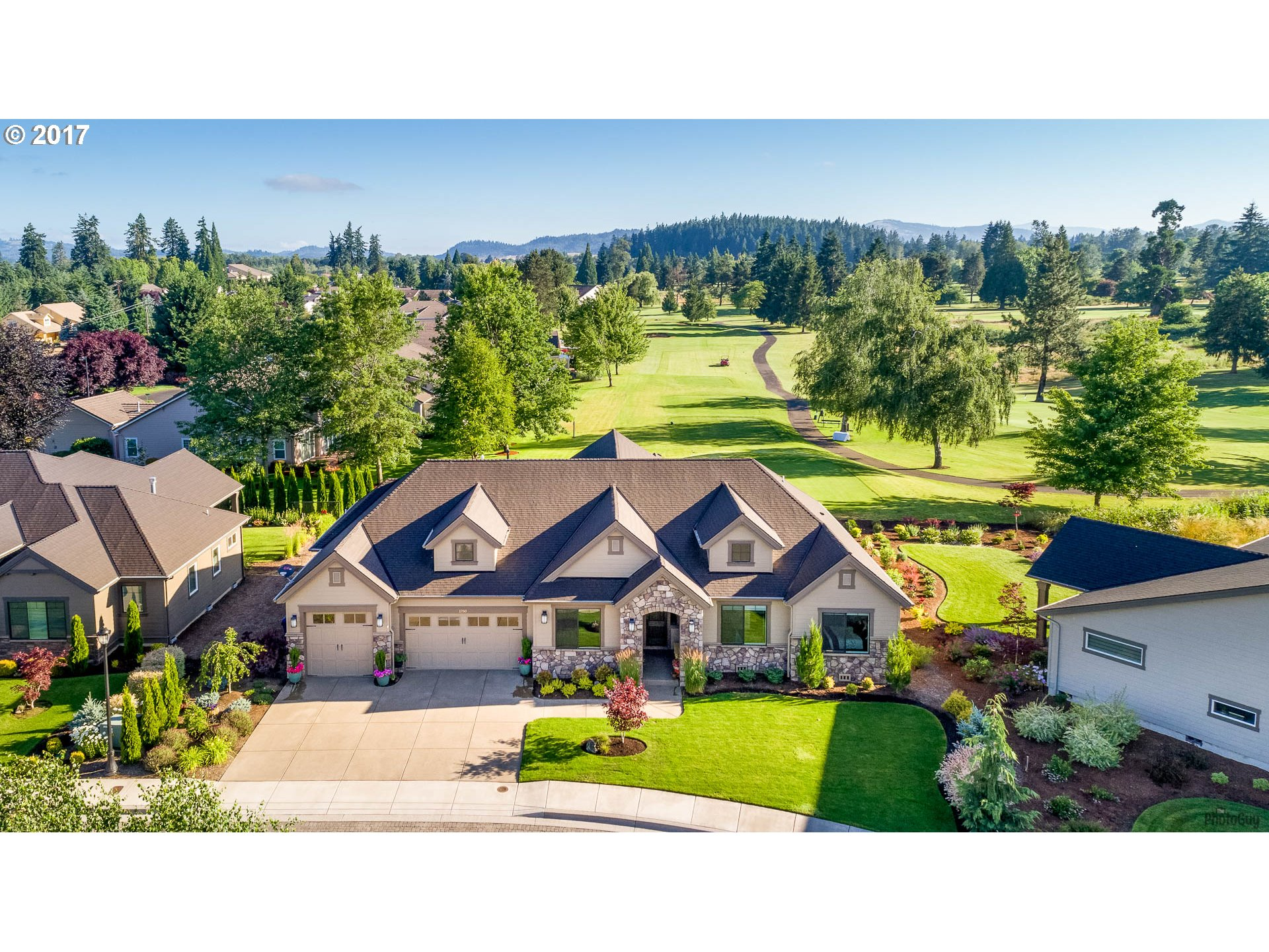 1750 TREVINO RD, Creswell, OR 97426