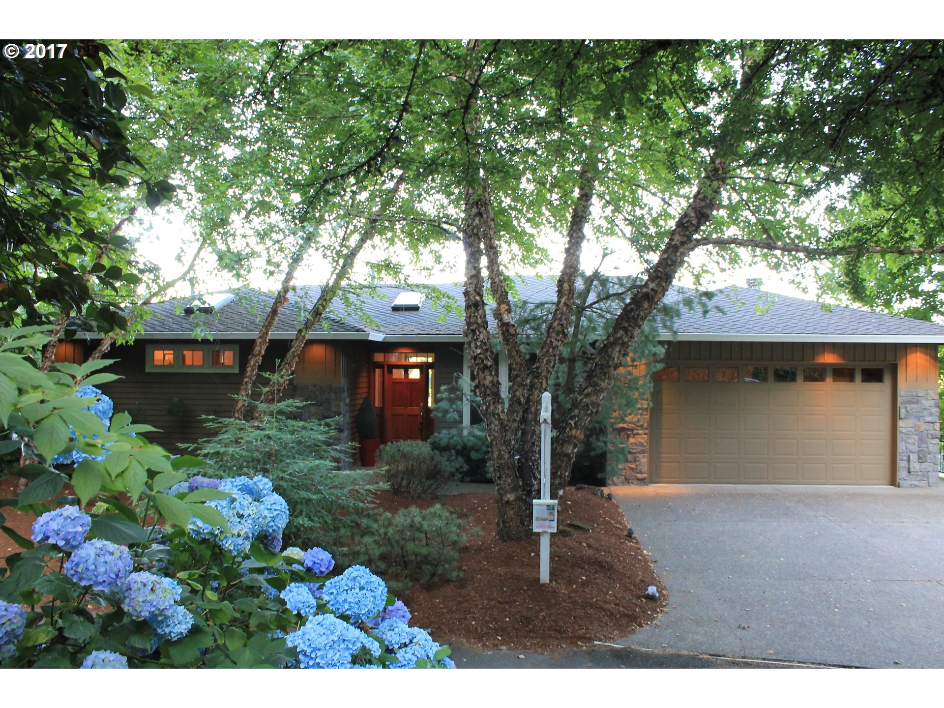 12808 ELK ROCK RD, Lake Oswego, OR 97034