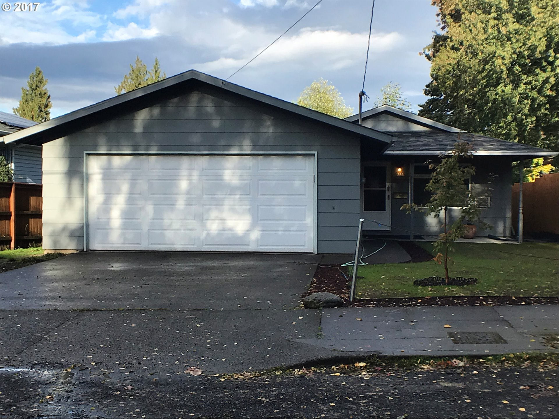 Great ranch style home with attached two car garage and partial basement. Located in a quiet neighborhood, right down the street from Pier Park. The home has new roof, gutters, exterior paint and garage door, as well as a newer high efficiency furnace. Garage 484 sqft.