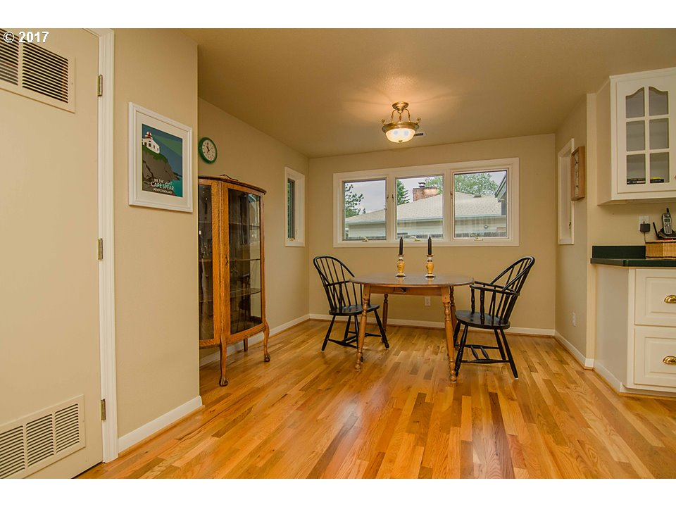 224 HIDDEN VALLEY LN Roseburg, OR 97471 - MLS #: 17583946