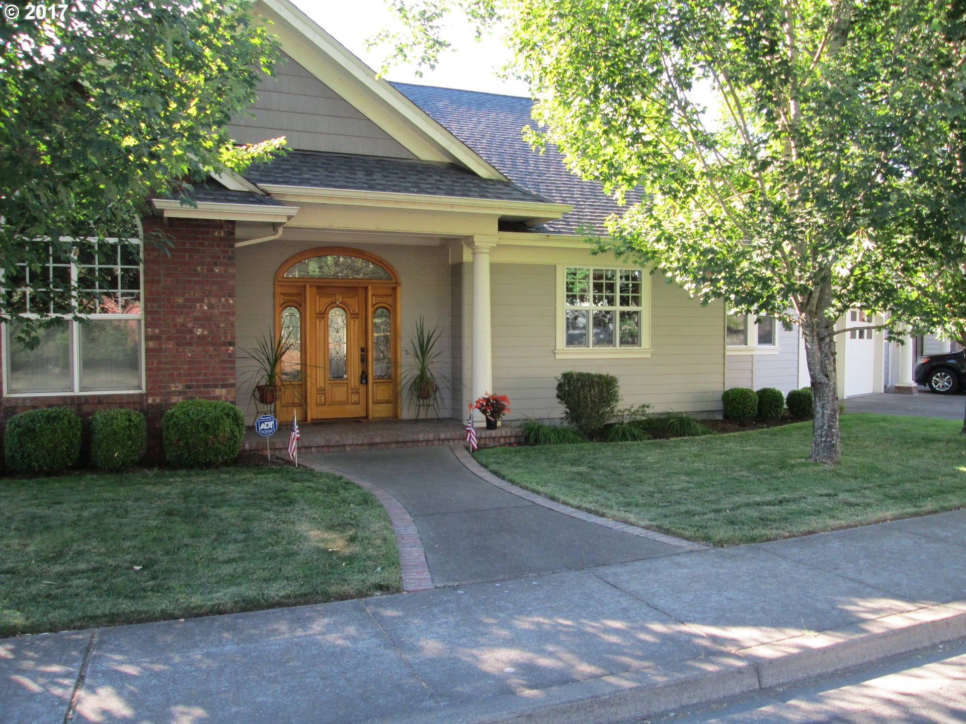 2258 33RD ST, Springfield, OR 97477