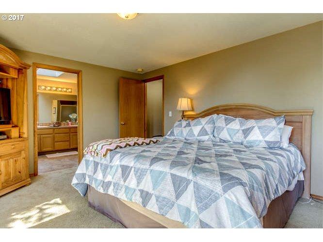 3710 NW ORCHARD CT Camas, WA 98607 - MLS #: 17585510