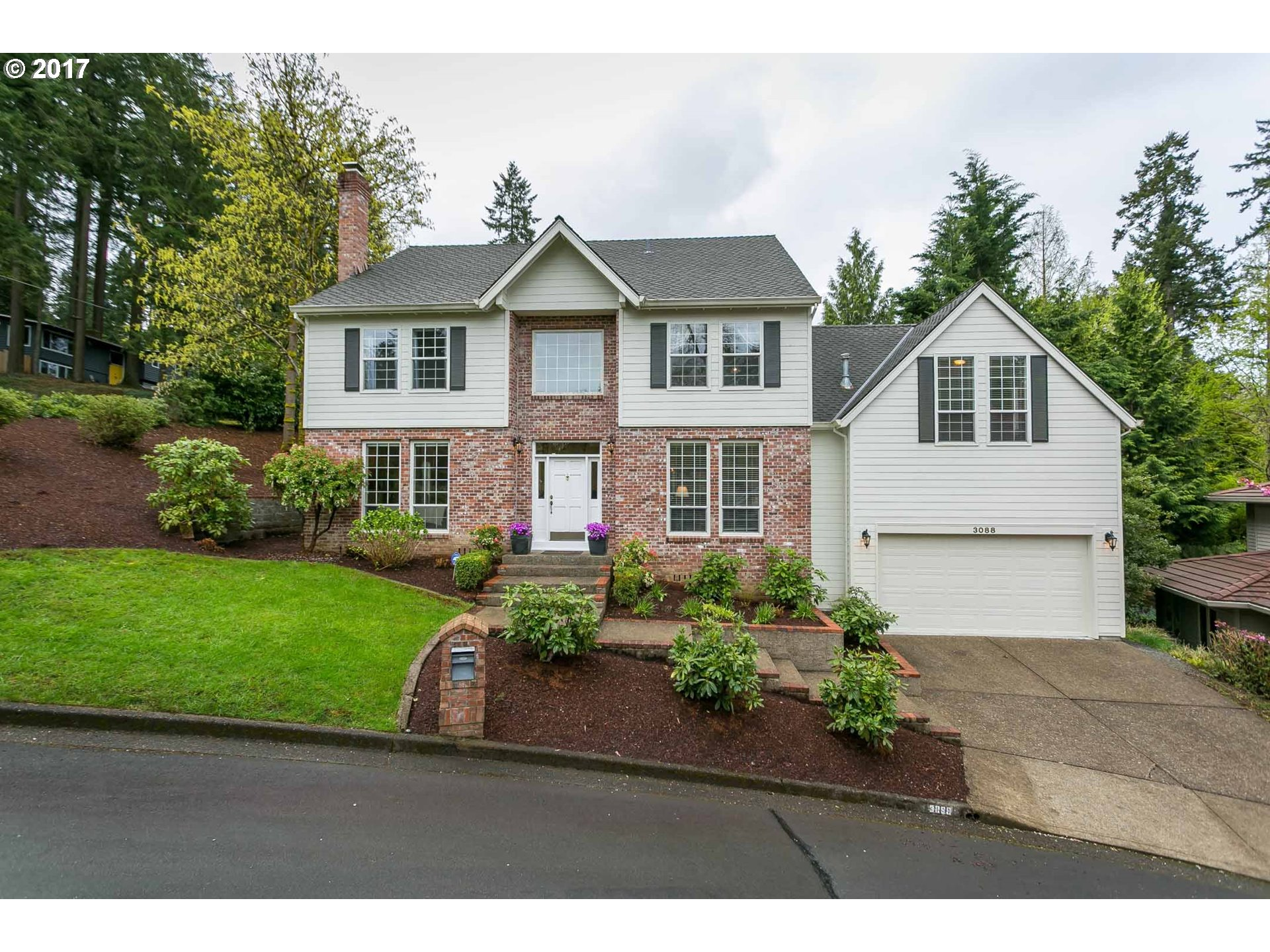 3088 ROSEMARY LN, Lake Oswego, OR 97034