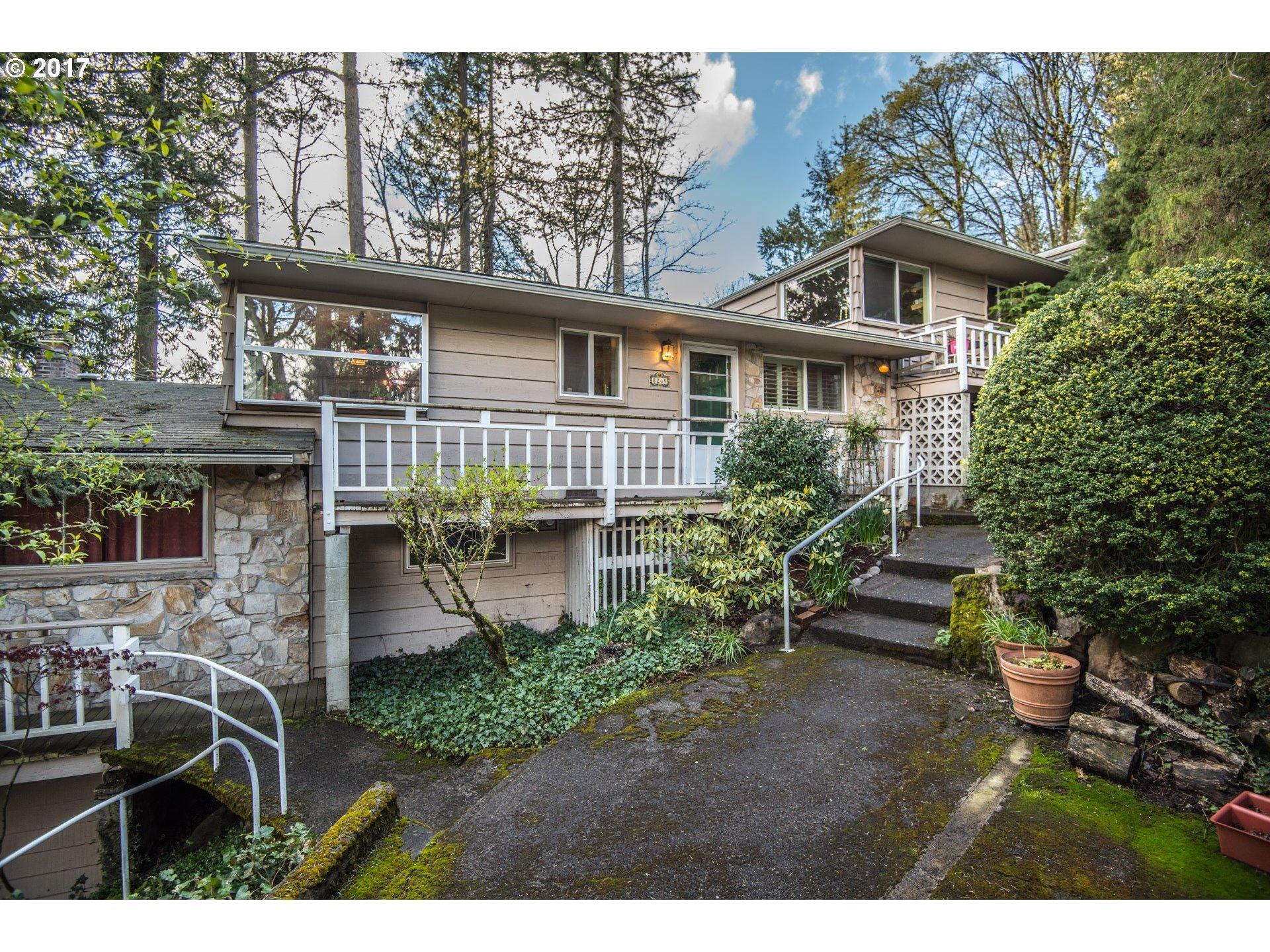 8265 SW CANYON LN 7, Portland, OR 97225