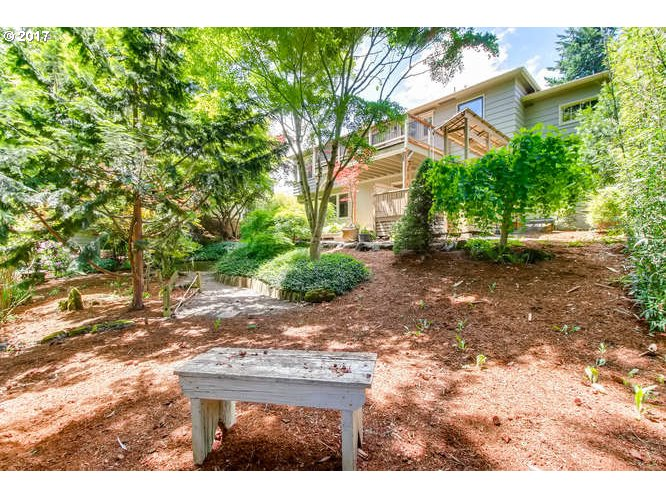 7008 SW 8TH AVE Portland, OR 97219 - MLS #: 17588194