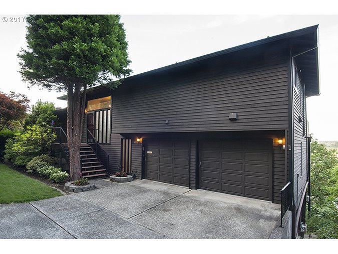 6530 SW VIEW POINT TER, Portland, OR 97239