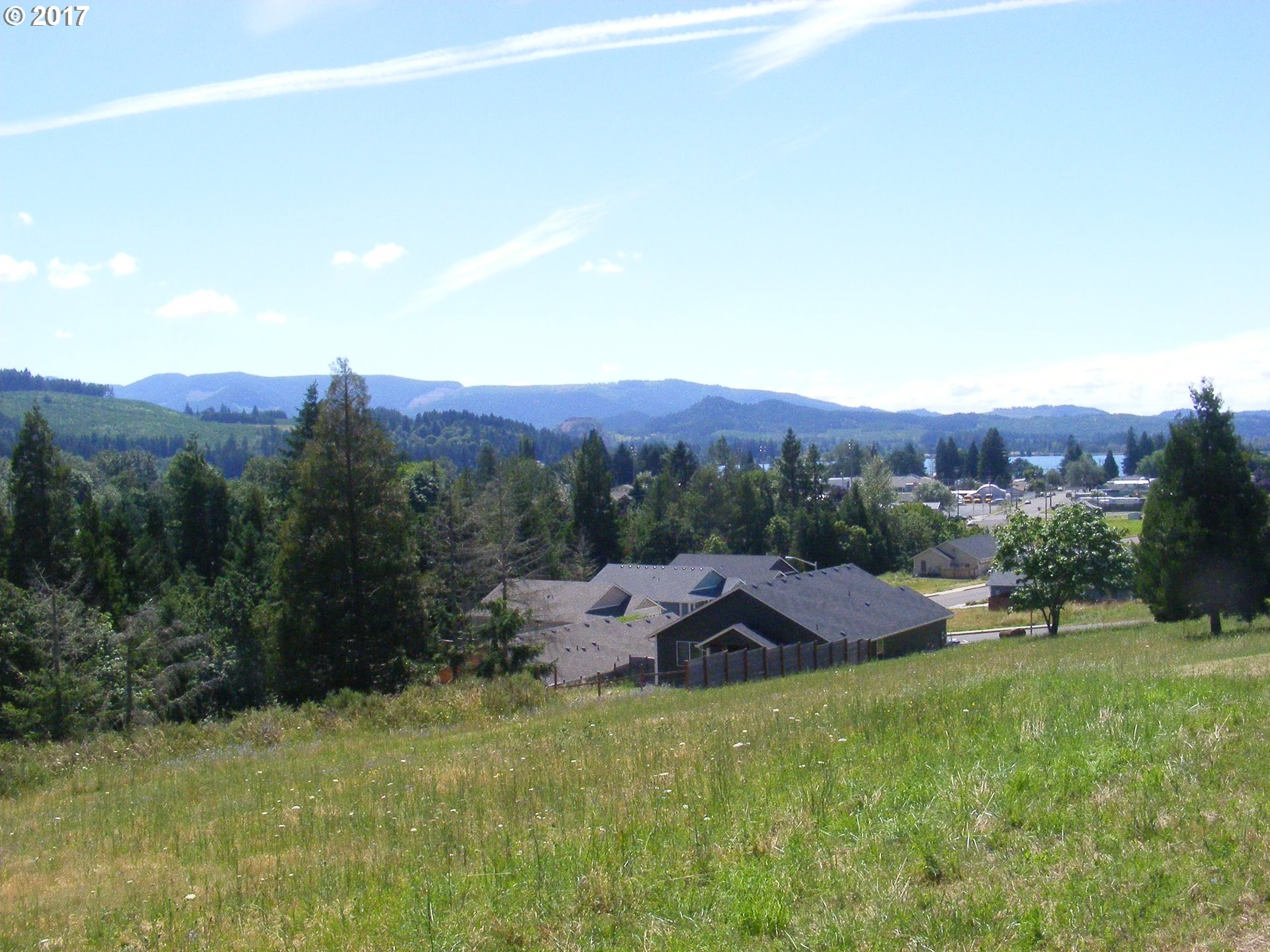 Wetleau DR, Lowell, OR 97452