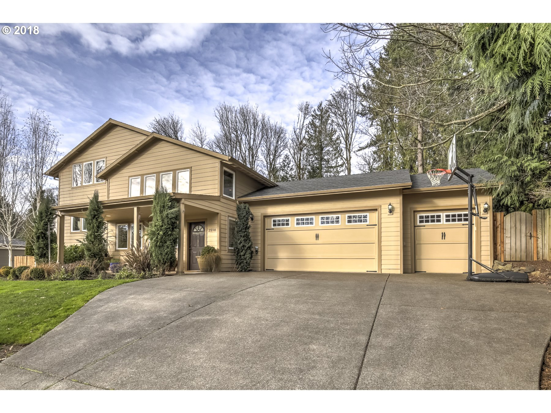 2590 DEBOK CT, West Linn, OR 97068