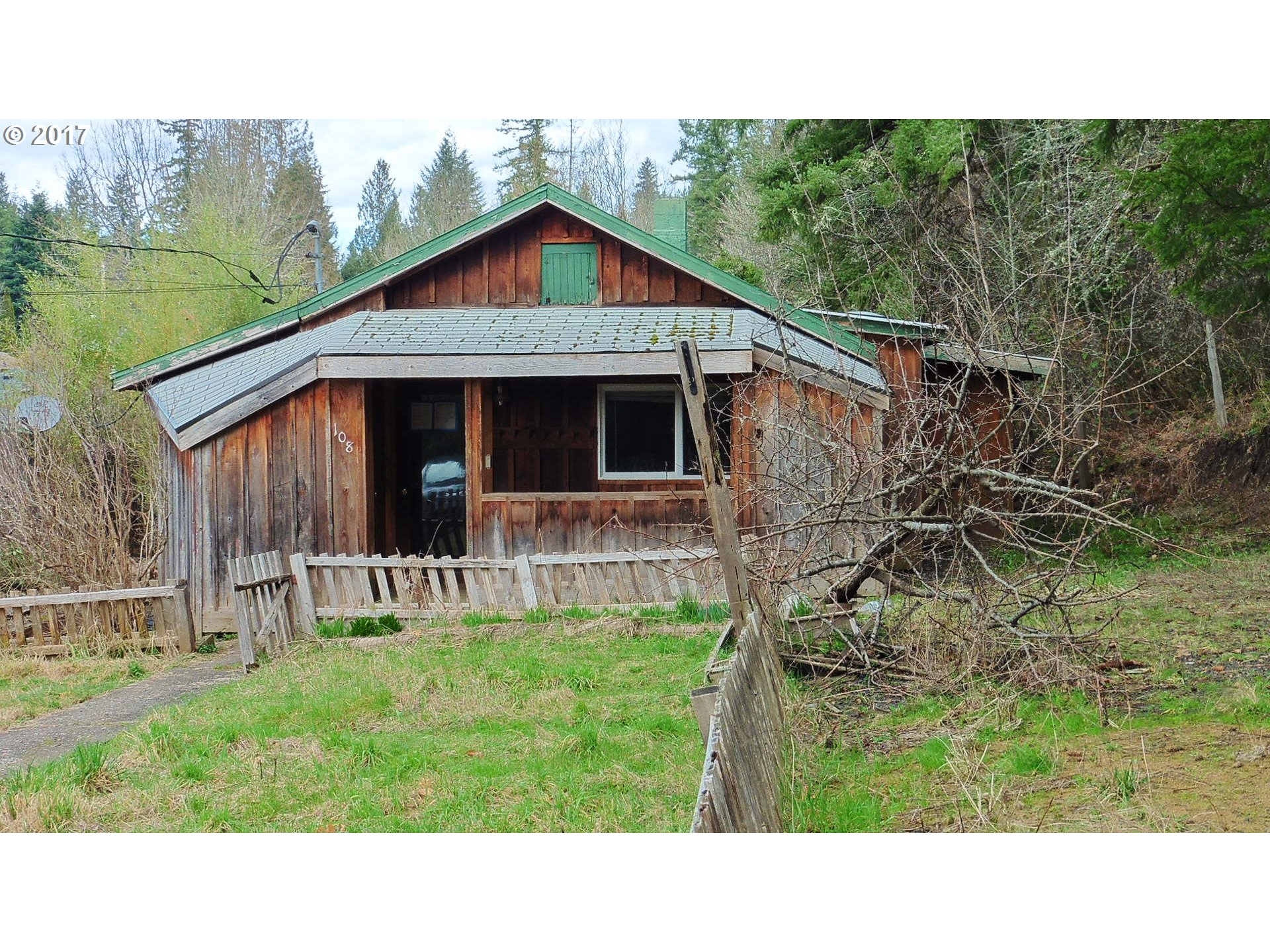 108 A ST Vernonia, OR 97064 - MLS #: 17597200