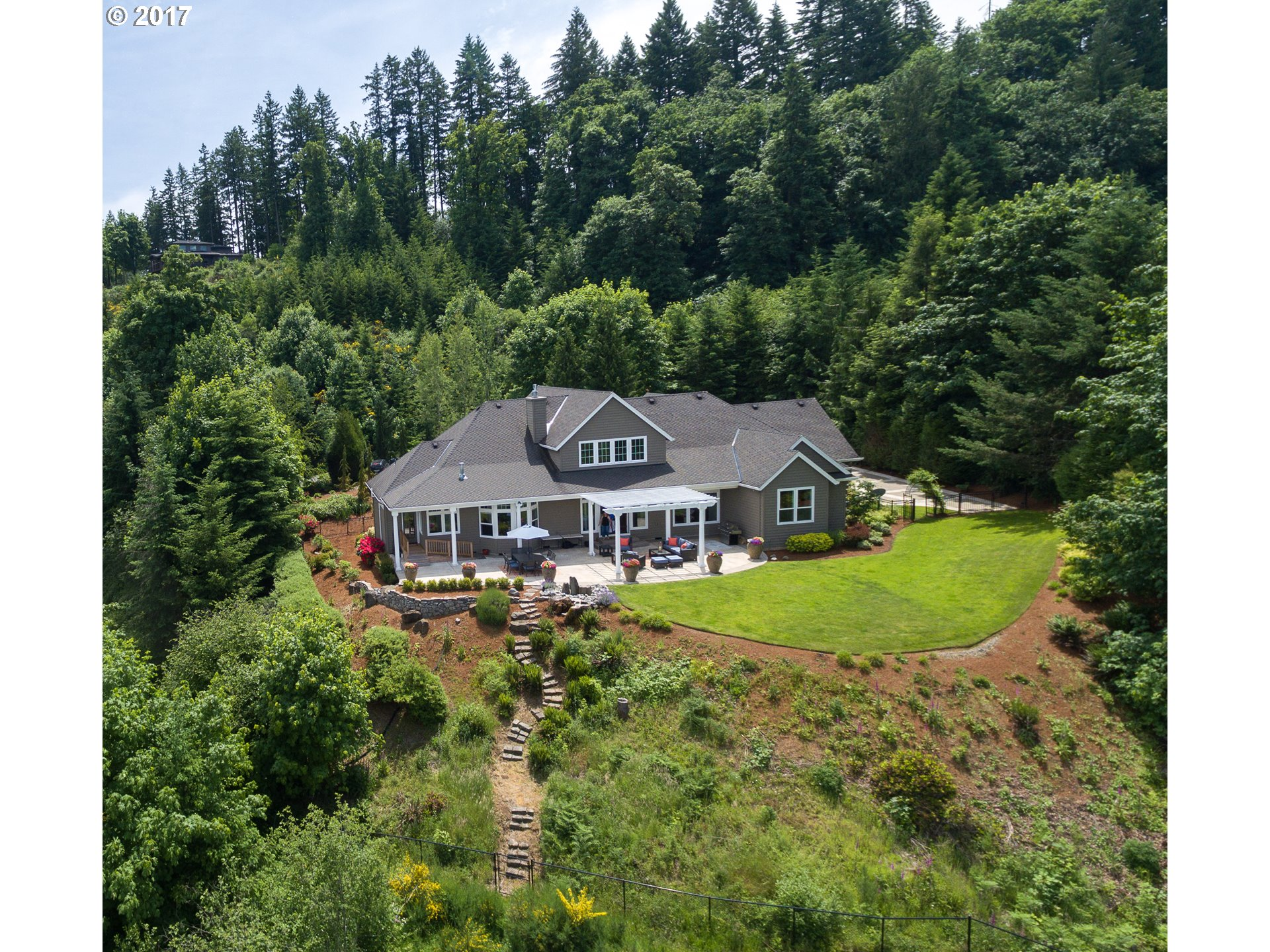 18091 SW SALMONBERRY DR Sherwood, OR 97140 - MLS #: 17600648