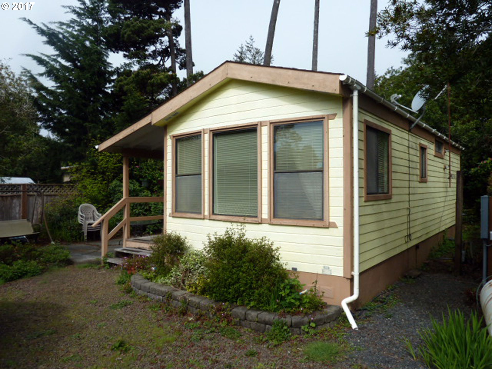 185 HUCKLEBERRY LN Florence, OR 97439 - MLS #: 17601468