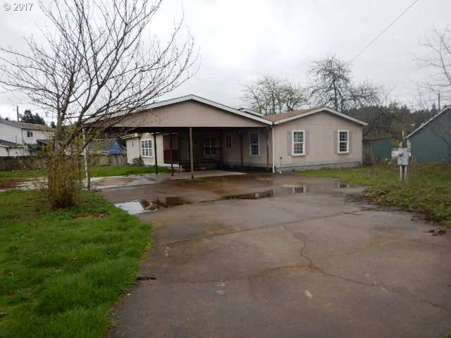 1248 4TH AVE, Sweet Home, OR 97386