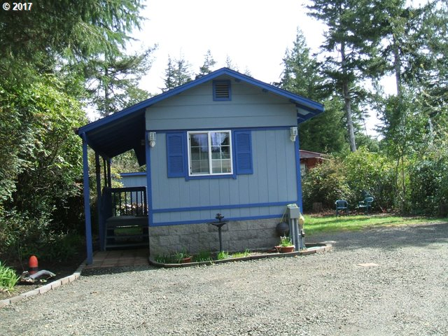 198 HUCKLEBERRY LN, Florence, OR 97439
