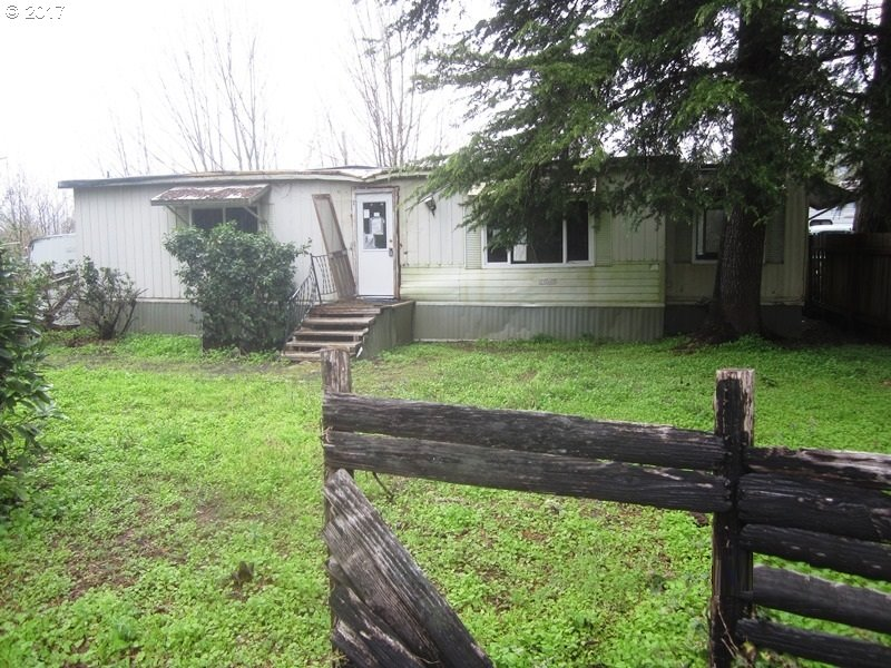 49251 KINGWOOD AVE Mill City, OR 97360 - MLS #: 17603858