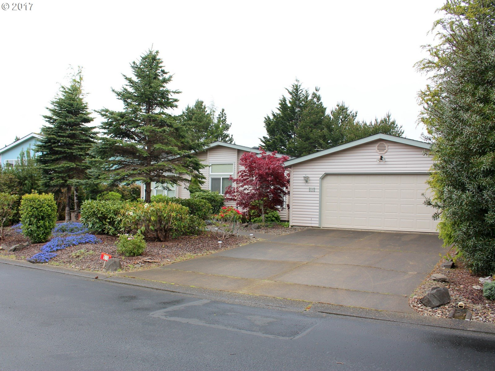 513 ROBIN LN, Florence, OR 97439