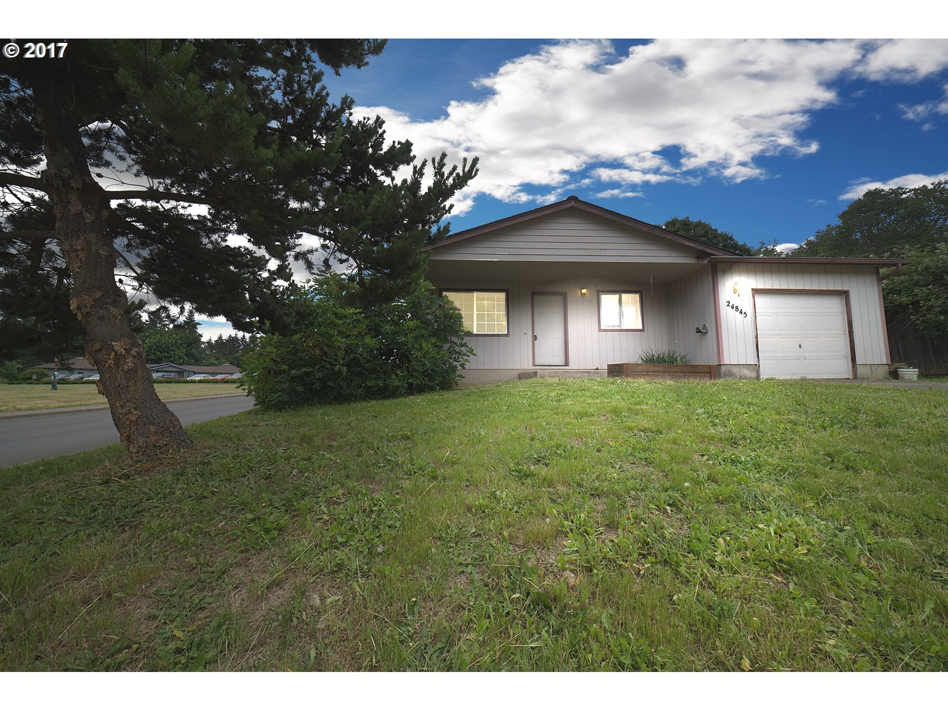 24845 DUNHAM AVE, Veneta, OR 97487