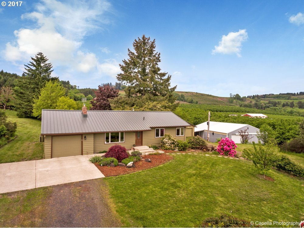 49400 NW HILLSIDE RD, Forest Grove, OR 97116