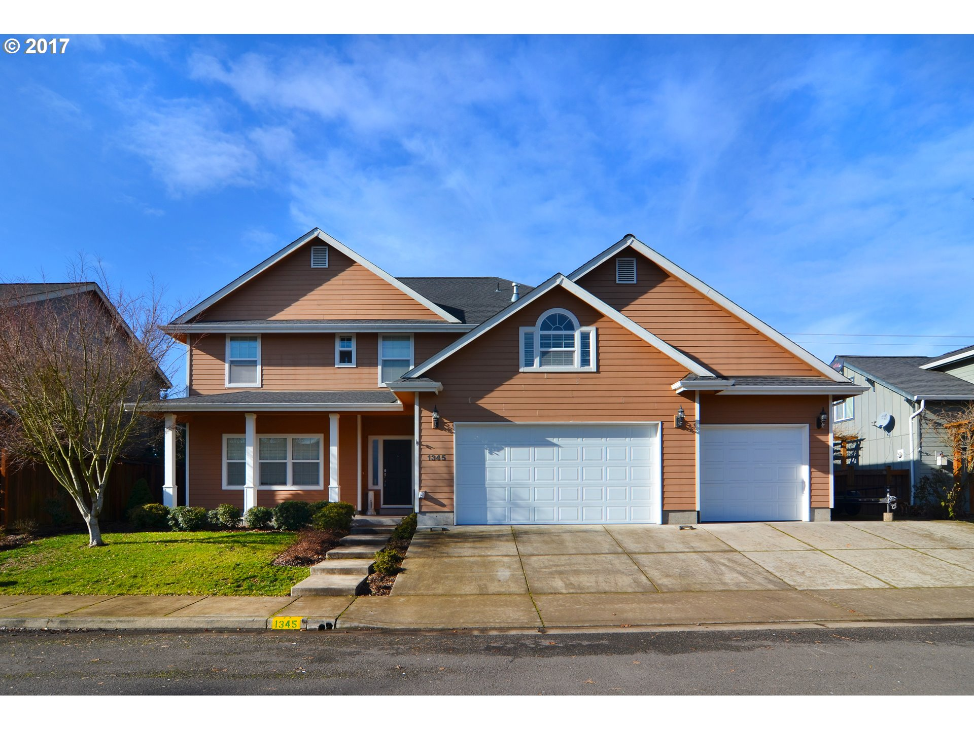 1345 WILLOW ST, Junction City, OR 97448