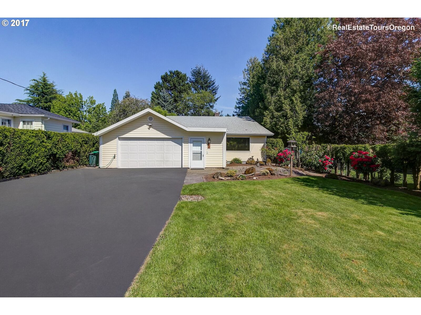 70 NW TOWLE AVE, Gresham, OR 97030