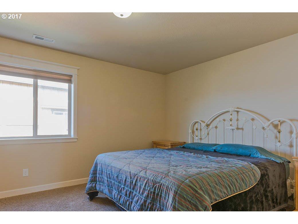 20768 HORIZON RIDGE PL Bend, OR 97701 - MLS #: 17609367