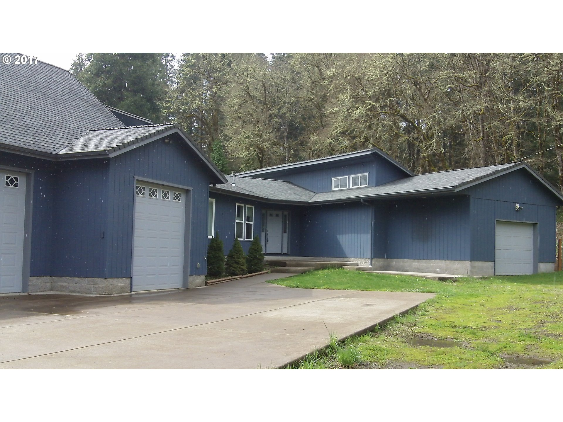 32840 Rocklyn AVE, Cottage Grove, OR 97424