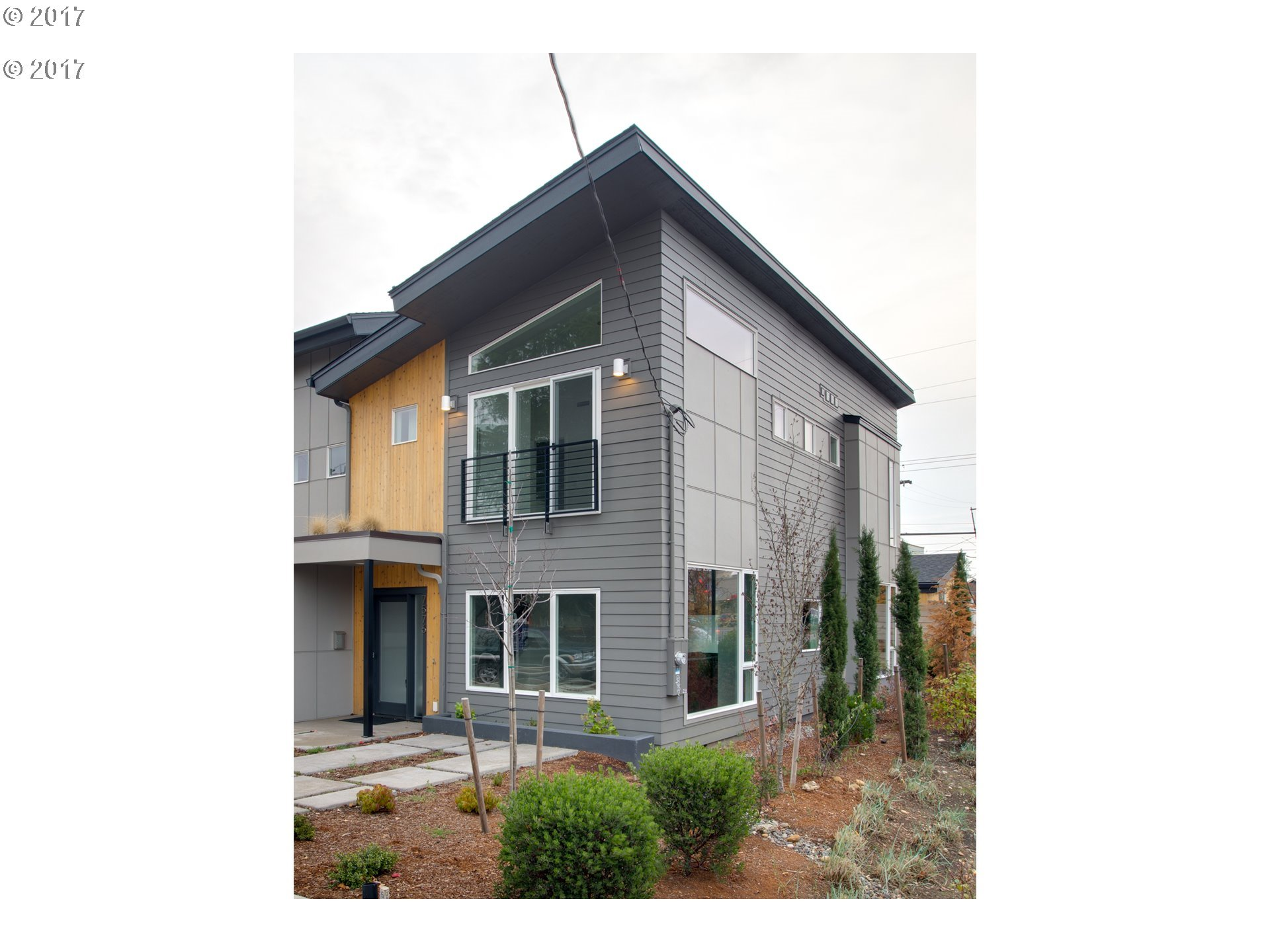 1955 sq. ft 4 bedrooms 3 bathrooms  House ,Portland, OR