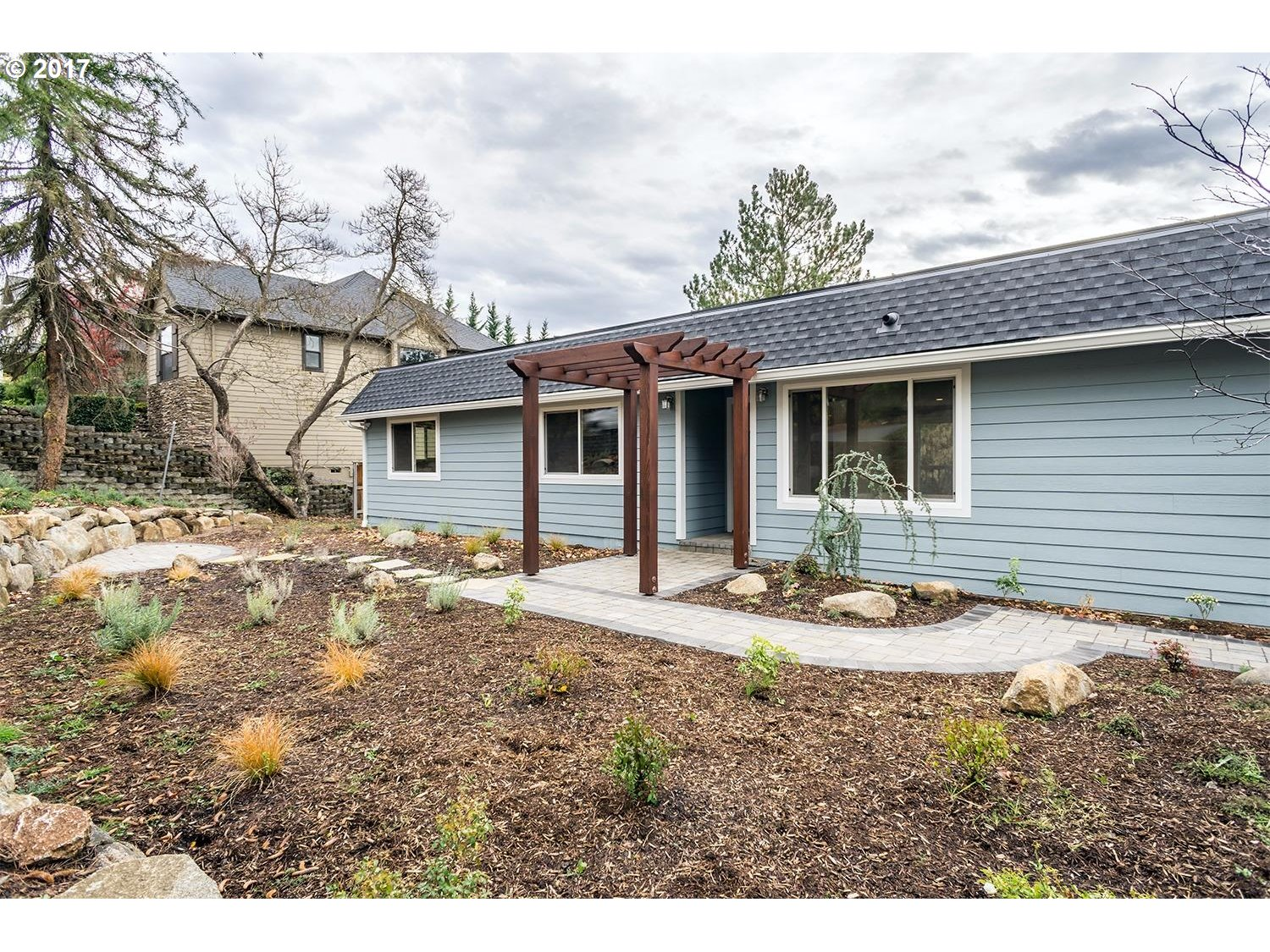 Phoenix, OR 4 Bedroom Home For Sale