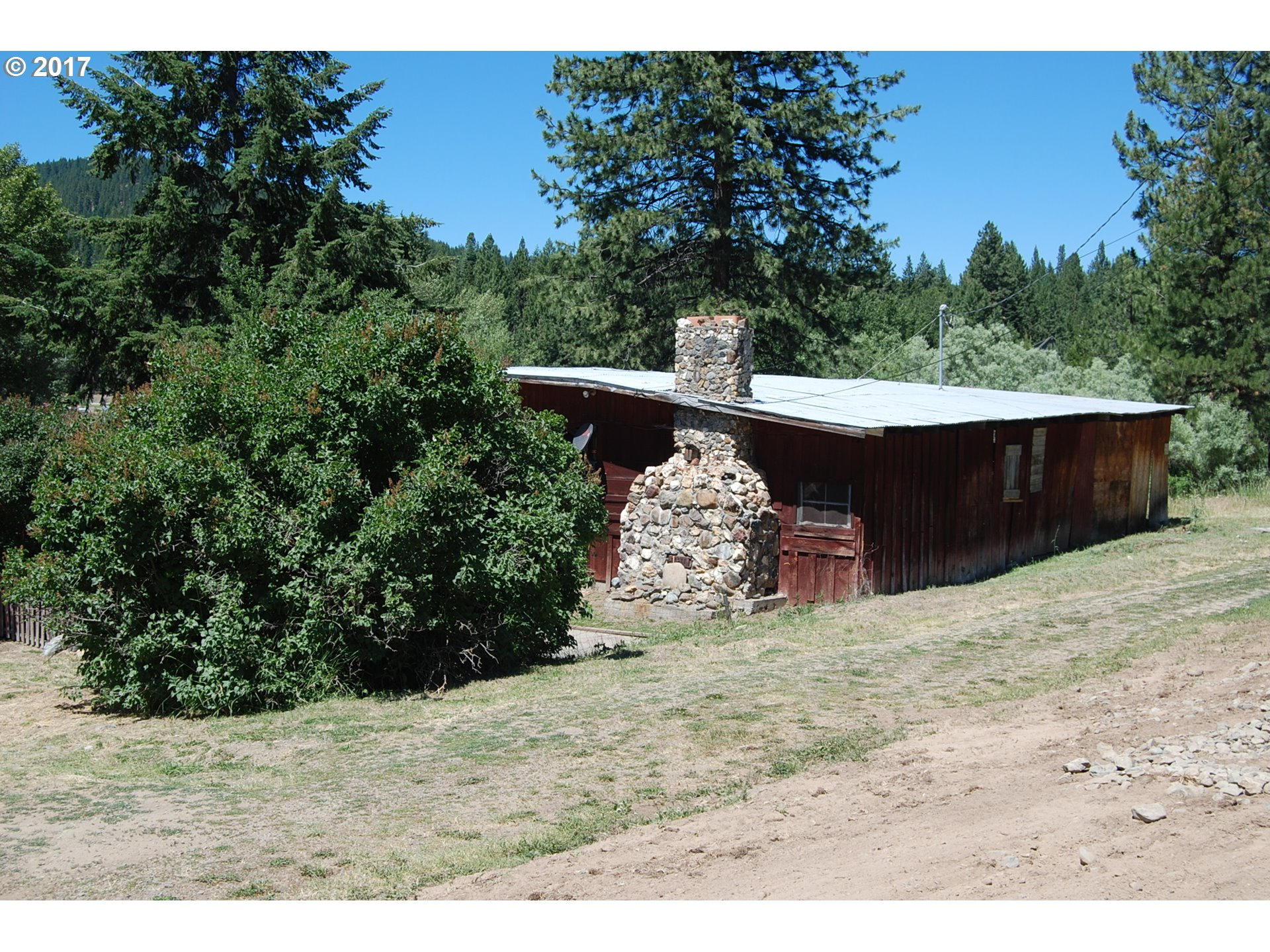 384 W HIGH ST, Sumpter, OR 97877